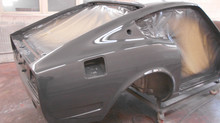 Painting of a Grey Datsun 260z with glasurit paint