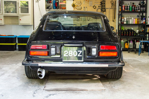 Fully restored Black 1978 Datsun 280z with wide arches, performance exhaust and 17 inch sports wheels. A great looking Black datsun 280z for sale online